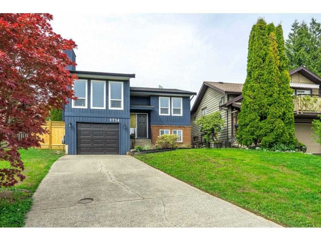 "Main Photo: 2734 WARREN Place in Langley: Willoughby Heights House for sale in ""Langley Meadows"" : MLS®# R2573755"