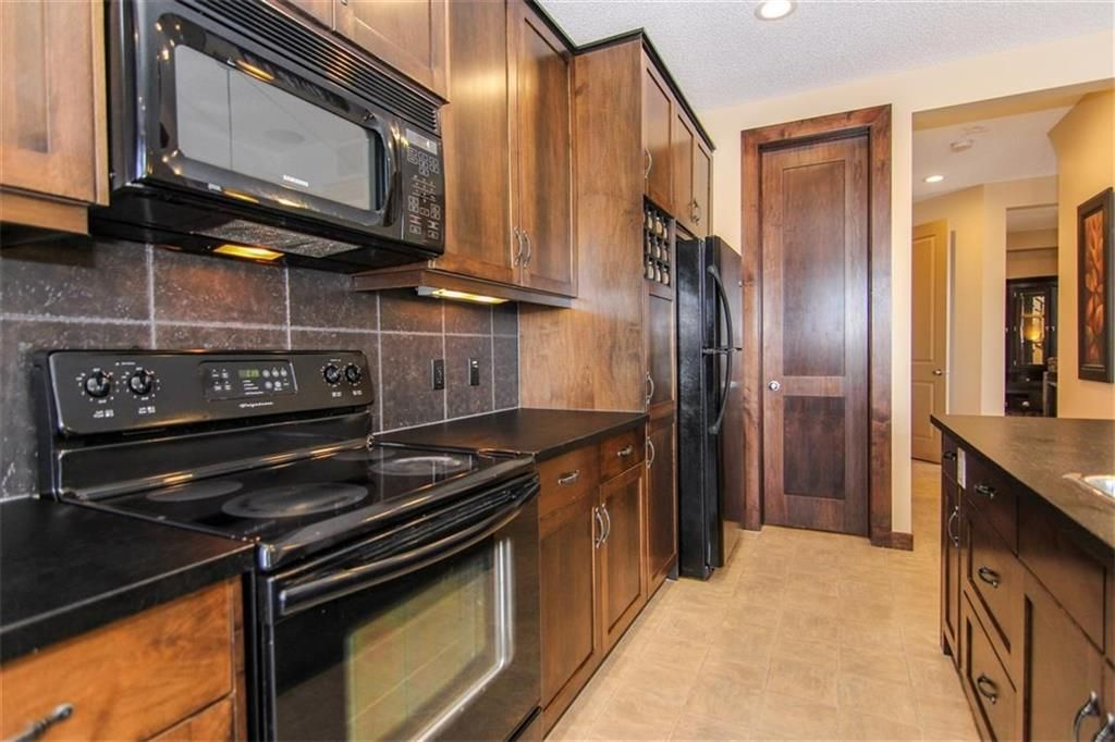 Photo 13: Photos: 21 CRANBERRY Cove SE in Calgary: Cranston House for sale : MLS®# C4164201