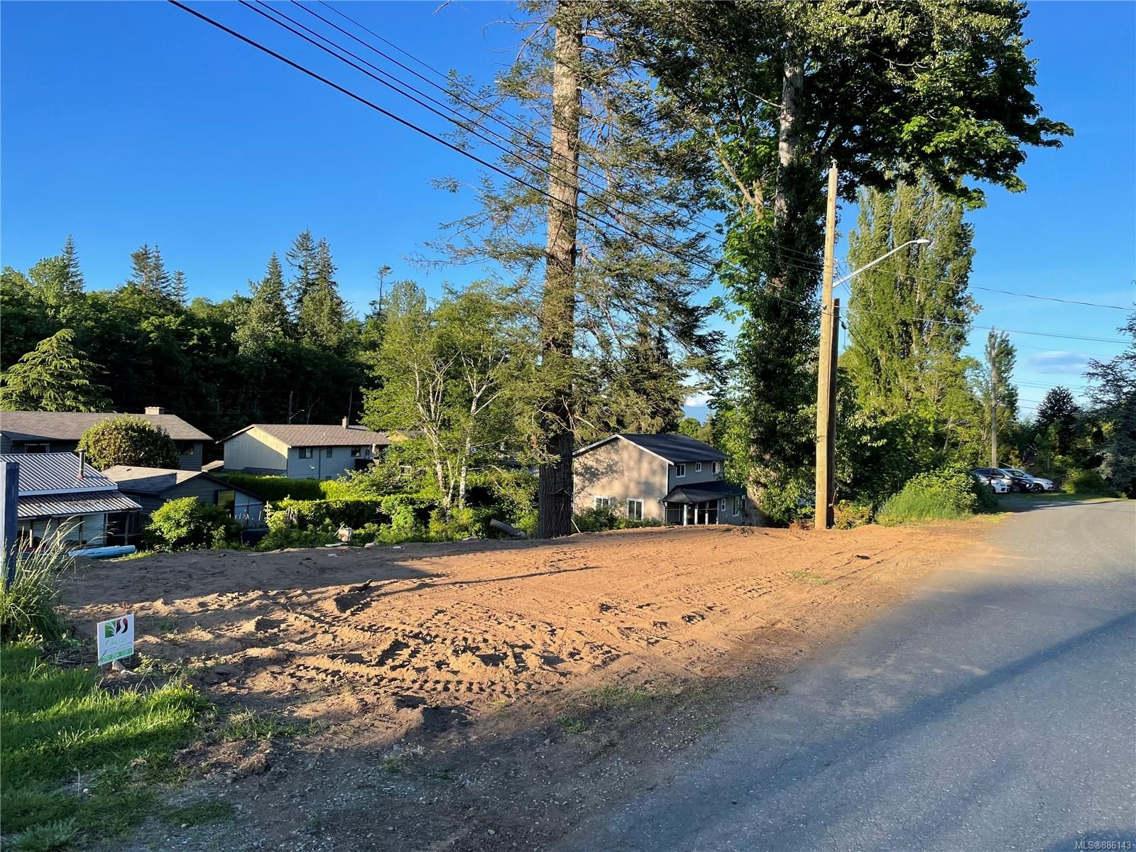 Main Photo: Lot 9 Skipton Cres in : CR Campbell River South Land for sale (Campbell River)  : MLS®# 886143
