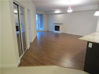 Photo 3: # 212 - 245 Ross Drive in New Westminster: Fraserview NW Condo for sale : MLS®# V989809