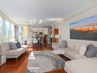 "Photo 4: 404 1485 W 6TH Avenue in Vancouver: False Creek Condo for sale in ""Carrara of Portico"" (Vancouver West)  : MLS®# R2408477"