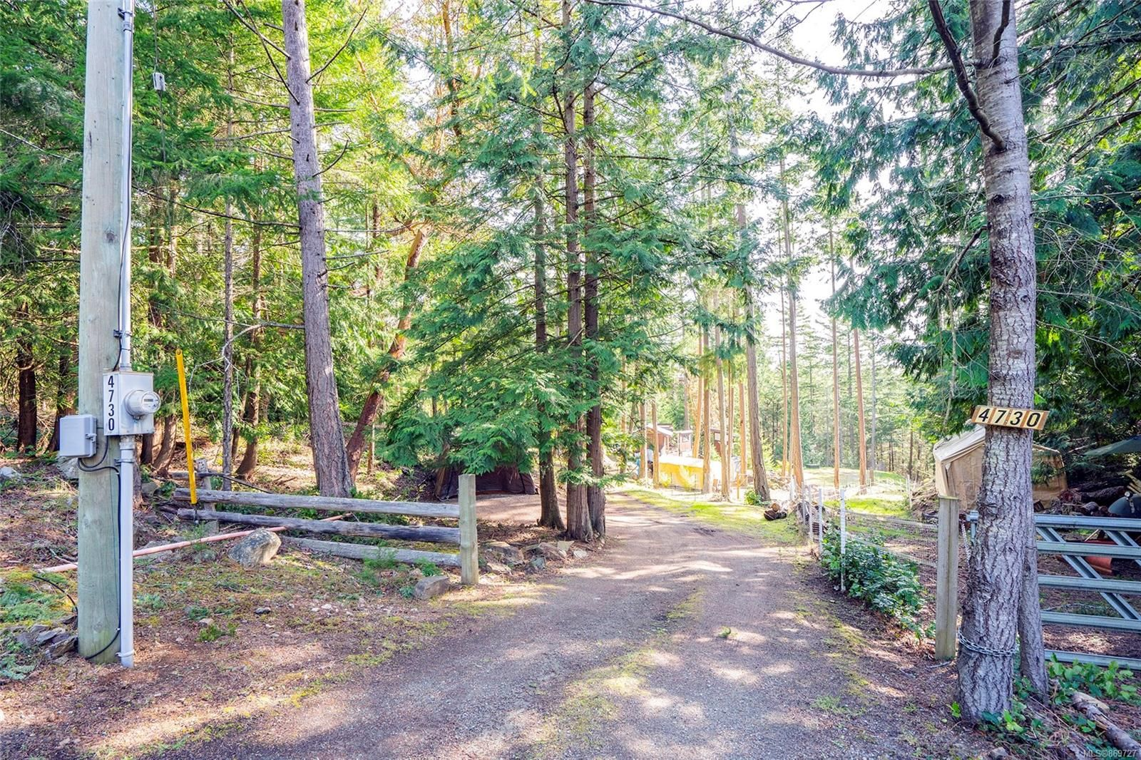 Main Photo: 4730 Captains Cres in : GI Pender Island House for sale (Gulf Islands)  : MLS®# 869727