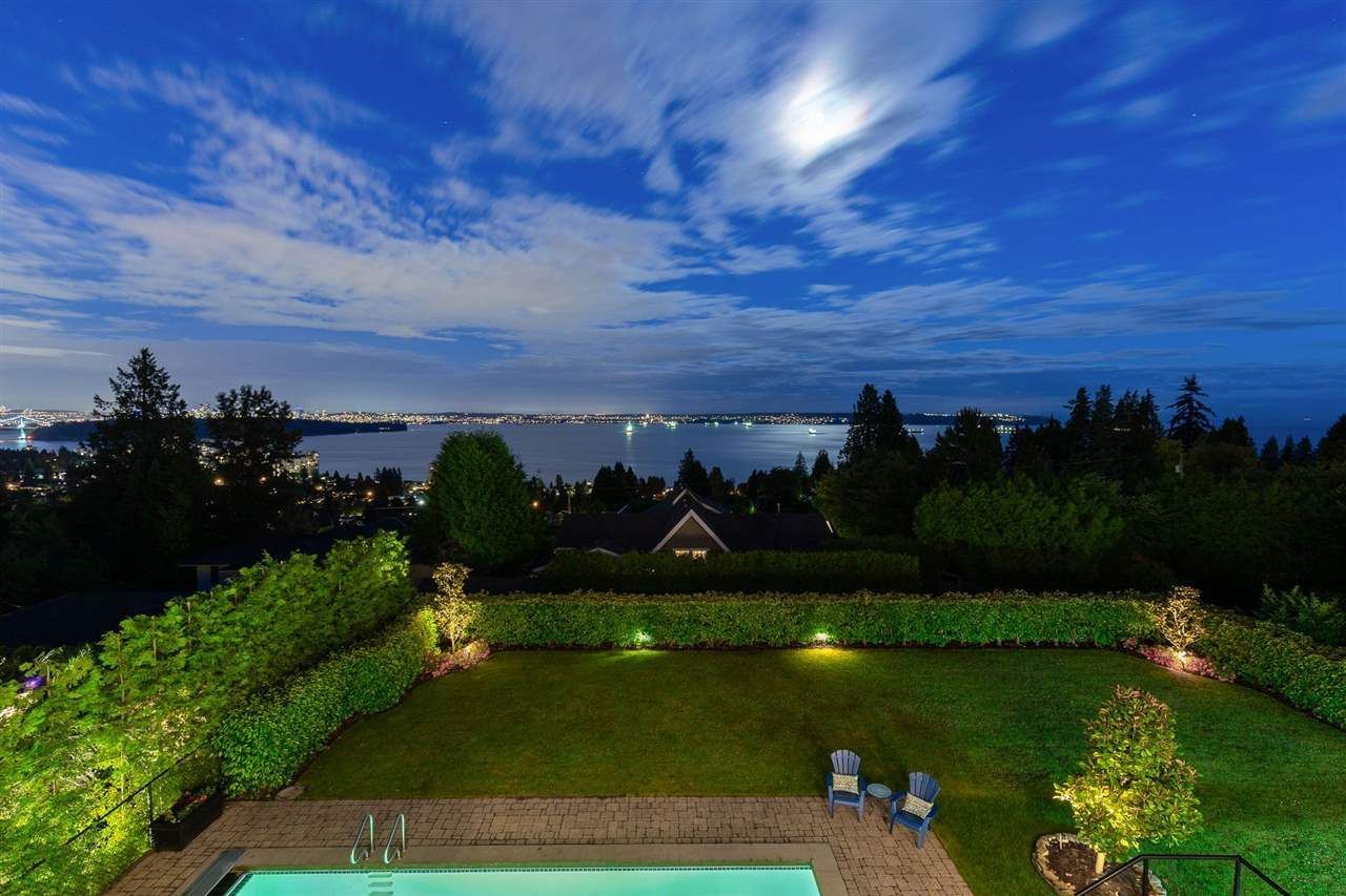 Photo 13: Photos: 2558 ROSEBERY AVENUE in West Vancouver: Queens House for sale : MLS®# R2472100