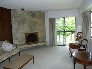 """Photo 3: 4703 WALLACE Street in Vancouver: Dunbar House for sale in """"WEST DUNBAR"""" (Vancouver West)  : MLS®# V900735"""