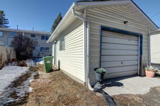 Photo 22: 5918 37 Street SW in Calgary: Lakeview Semi Detached for sale : MLS®# A1073760