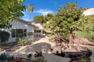Photo 3: UNIVERSITY CITY House for sale : 4 bedrooms : 3985 Calgary Avenue in San Diego