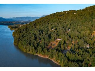 Photo 7: 43015 OLD ORCHARD Road in Chilliwack: Chilliwack Mountain House for sale : MLS®# R2607290