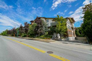"""Photo 20: 308 6500 194 Street in Surrey: Clayton Condo for sale in """"SUNSET GROVE"""" (Cloverdale)  : MLS®# R2416083"""