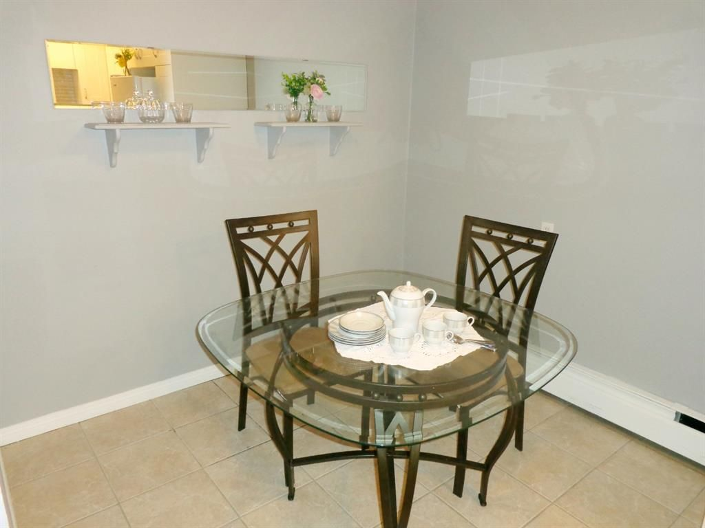 Photo 15: Photos: 301 5812 61 Street: Red Deer Apartment for sale : MLS®# A1063837