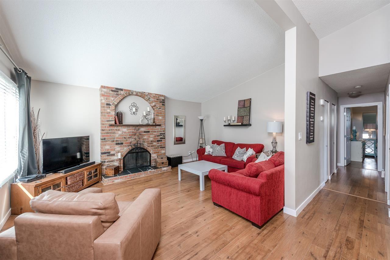Main Photo: R2040413 - 3374 Cedar Dr, Port Coquitlam House For Sale