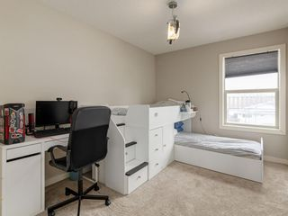 Photo 31: 2334 54 Avenue SW in Calgary: North Glenmore Park Semi Detached for sale : MLS®# A1101000