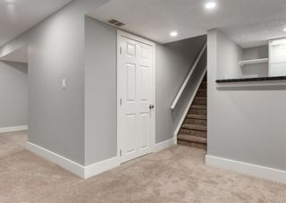 Photo 28: 12 SNOWDON Crescent SW in Calgary: Southwood Detached for sale : MLS®# A1078903