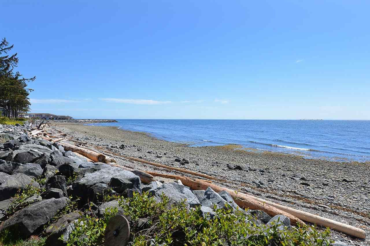 """Main Photo: 4485 STALASHEN Drive in Sechelt: Sechelt District Manufactured Home for sale in """"Tsawcome Properties"""" (Sunshine Coast)  : MLS®# R2574655"""