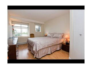 "Photo 4: 62 7128 STRIDE Avenue in Burnaby: Edmonds BE Townhouse for sale in ""RIVERSTONE"" (Burnaby East)  : MLS®# V899687"