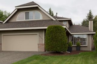 "Photo 1: 16377 MIDDLEGLEN Close in Surrey: Fraser Heights House for sale in ""FRASER GLEN"" (North Surrey)  : MLS®# R2383298"