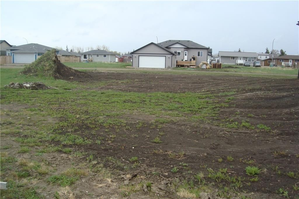 Main Photo: 425 Canyon Court: Stavely Land for sale : MLS®# A1062161