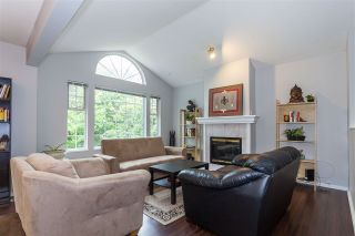 Photo 3: 1846 KING GEORGE Boulevard in Surrey: King George Corridor House for sale (South Surrey White Rock)  : MLS®# R2126881