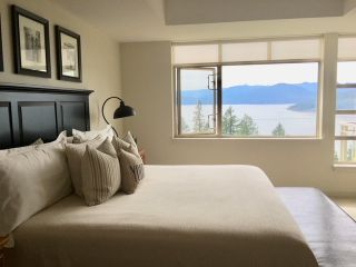 "Photo 13: 8745 SEASCAPE Drive in West Vancouver: Howe Sound Townhouse for sale in ""Seascapes"" : MLS®# R2546161"