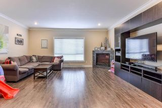"""Photo 8: 5 19938 70TH Avenue in Langley: Willoughby Heights Townhouse for sale in """"summerhill"""" : MLS®# R2329344"""
