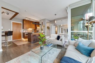"""Photo 5: 302 1189 MELVILLE Street in Vancouver: Coal Harbour Condo for sale in """"THE MELVILLE"""" (Vancouver West)  : MLS®# R2611872"""