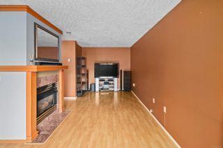 Photo 3: 107 689 Bay St in : Vi Downtown Condo for sale (Victoria)  : MLS®# 874219