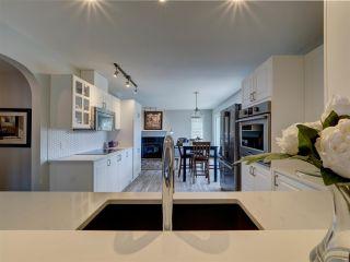 "Photo 7: 5644 CASCADE Crescent in Sechelt: Sechelt District House for sale in ""WEST SECHELT"" (Sunshine Coast)  : MLS®# R2592604"