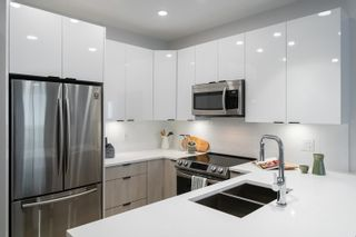 """Photo 6: 401 5486 199A Street in Langley: Langley City Condo for sale in """"Ezekiel"""" : MLS®# R2600456"""