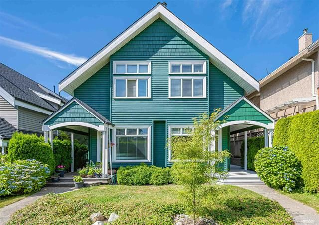 Main Photo: 512A W Keith Road in North Vancouver: Central Lonsdale Duplex for sale : MLS®# R2599163