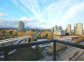 """Photo 2: 1104 4118 DAWSON Street in Burnaby: Brentwood Park Condo for sale in """"Tandem 1"""" (Burnaby North)  : MLS®# V1057568"""