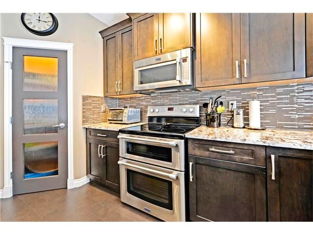 Photo 12: Photos: 186 THORNLEIGH Close SE: Airdrie House for sale : MLS®# C4054671