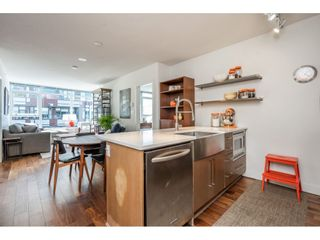 """Photo 6: 908 251 E 7TH Avenue in Vancouver: Mount Pleasant VE Condo for sale in """"District"""" (Vancouver East)  : MLS®# R2465561"""
