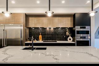 Photo 11: 10925 UNIVERSITY Avenue in Edmonton: Zone 15 House for sale : MLS®# E4266450