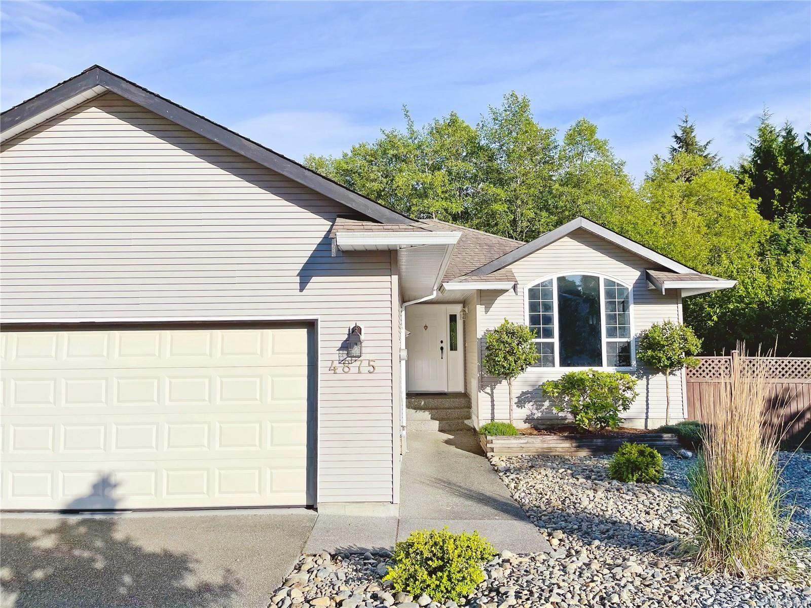 Main Photo: 4875 Logan's Run in : Na North Nanaimo House for sale (Nanaimo)  : MLS®# 878911
