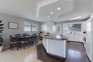 Photo 6: 3918 25 Avenue in Edmonton: Zone 29 House for sale : MLS®# E4250805