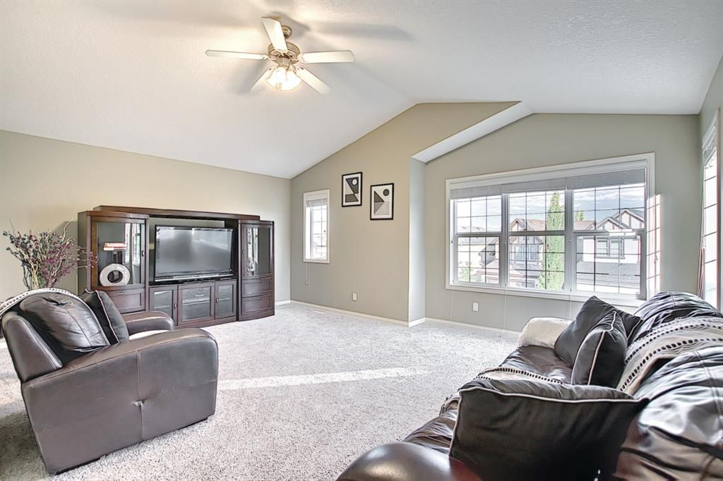 Photo 24: Photos: 14 ASPEN HILLS Manor SW in Calgary: Aspen Woods Detached for sale : MLS®# A1116032