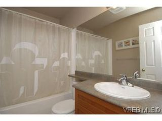 Photo 16: 407 2823 Jacklin Rd in VICTORIA: La Langford Proper Condo for sale (Langford)  : MLS®# 520388