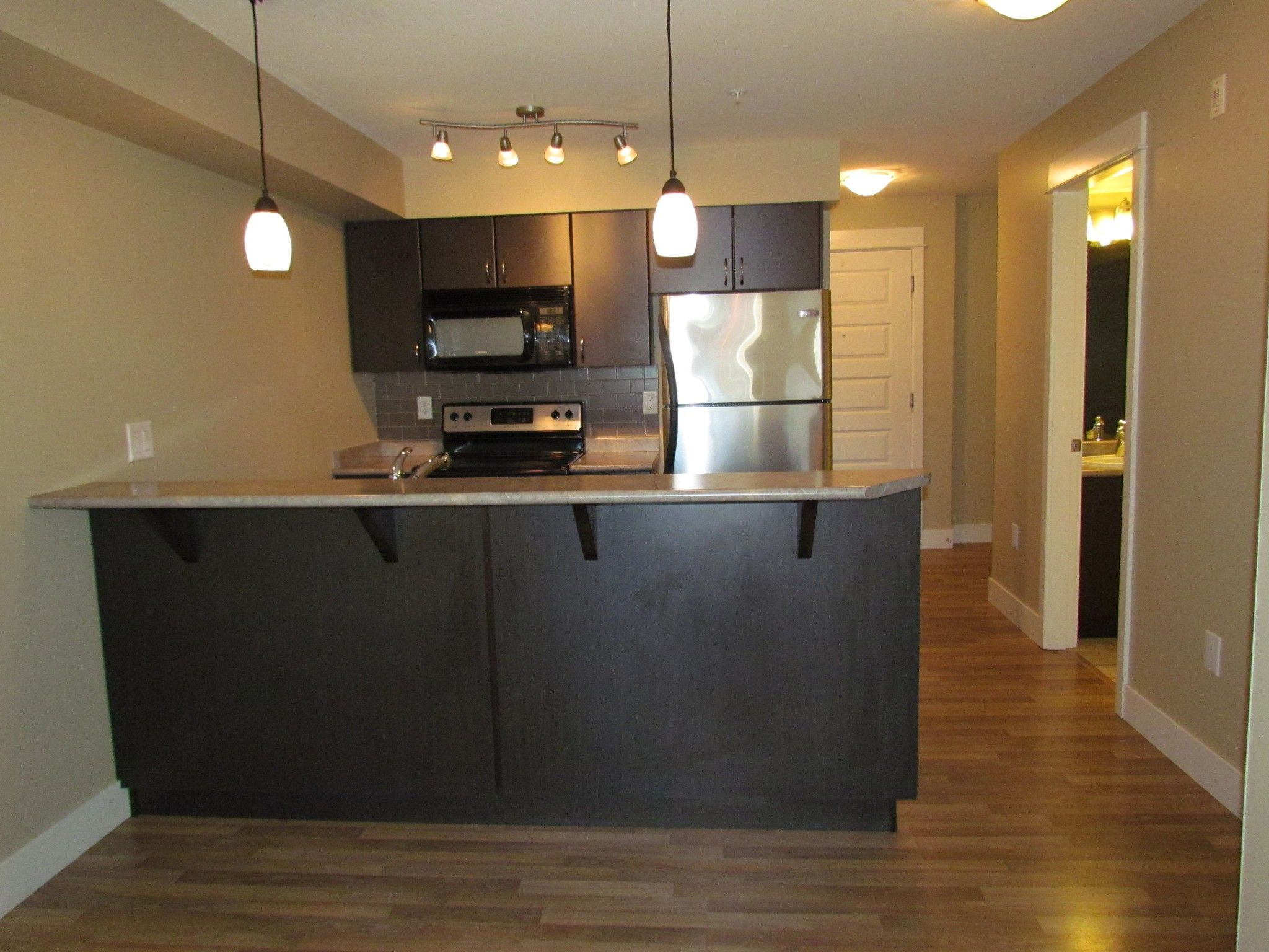 Photo 5: Photos: #204 2515 Park Drive in Abbotsford: Central Abbotsford Condo for rent