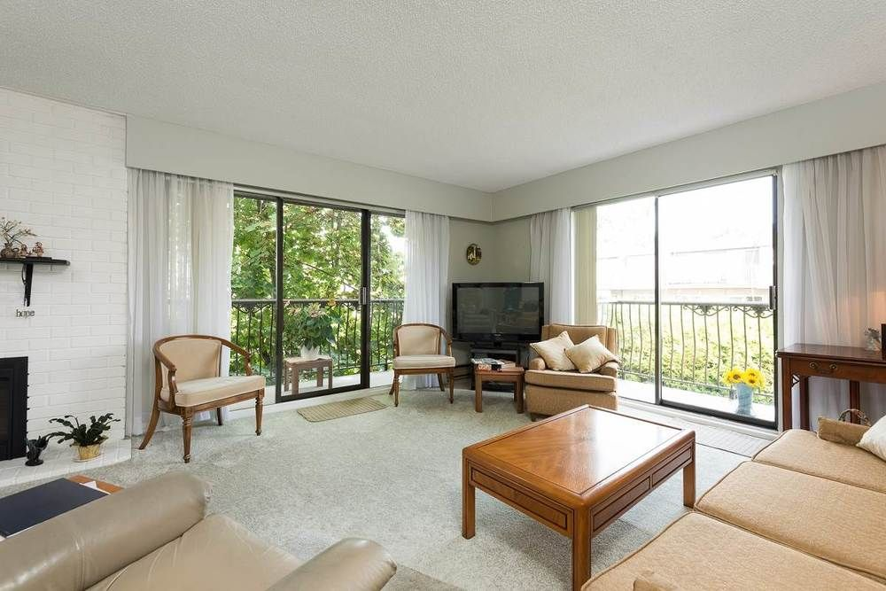 Main Photo: 302 1721 ST. GEORGES AVENUE in North Vancouver: Home for sale : MLS®# R2108093