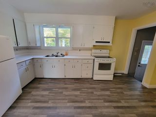 Photo 6: 5772 Hornes Road in Mira Gut: 211-Albert Bridge / Mira Residential for sale (Cape Breton)  : MLS®# 202125821