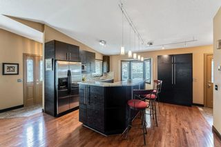 Photo 6: 219 Riverbirch Road SE in Calgary: Riverbend Detached for sale : MLS®# A1109121