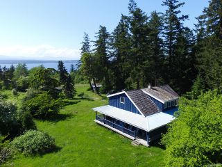 Photo 1: 1950 Shingle Spit Rd in HORNBY ISLAND: Isl Hornby Island House for sale (Islands)  : MLS®# 787572
