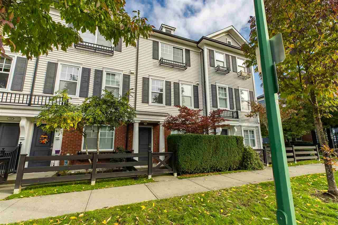 Main Photo: 76 18983 72A Avenue in Surrey: Clayton Townhouse for sale (Cloverdale)  : MLS®# R2412959