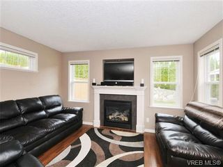 Photo 2: 804 Gannet Court in VICTORIA: La Bear Mountain Residential for sale (Langford)  : MLS®# 338049