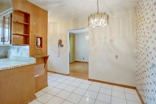 Photo 17: 2728 LIONEL Crescent SW in Calgary: Lakeview Detached for sale : MLS®# C4303178