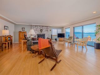 Photo 6: 3941 FRANCIS PENINSULA Road in Madeira Park: Pender Harbour Egmont House for sale (Sunshine Coast)  : MLS®# R2562951