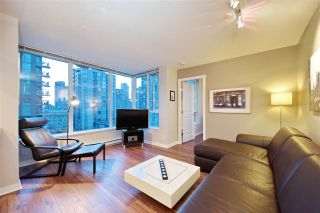 "Photo 1: 1008 1001 RICHARDS Street in Vancouver: Downtown VW Condo for sale in ""THE MIRO"" (Vancouver West)  : MLS®# R2394358"