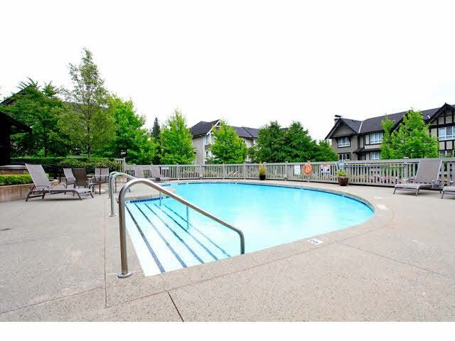 """Photo 2: Photos: 23 6747 203RD Street in Langley: Willoughby Heights Townhouse for sale in """"SAGEBROOK"""" : MLS®# F1421612"""
