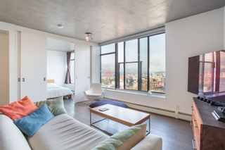 """Photo 9: 1203 108 W CORDOVA Street in Vancouver: Downtown VW Condo for sale in """"Woodwards W32"""" (Vancouver West)  : MLS®# R2322561"""