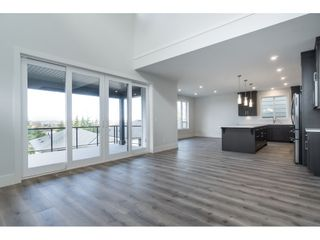 """Photo 6: 40 4295 OLD CLAYBURN Road in Abbotsford: Abbotsford East House for sale in """"Sunspring Estates"""" : MLS®# R2448385"""