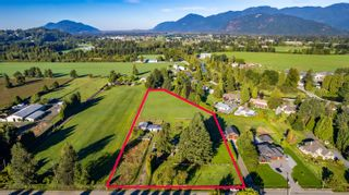 Photo 9: 10715 REEVES Road in Chilliwack: East Chilliwack House for sale : MLS®# R2620626